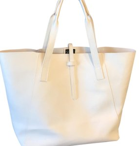 Saks Fifth Avenue Tote in white