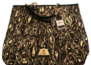 Juicy Couture Tote in camo