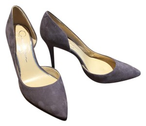 Jessica Simpson Smoke Pumps