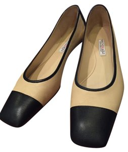 Bruno Magli Ballet Leather Black and Ivory/Cream Flats