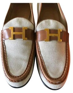 Herms Cream Flats