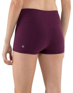Lululemon Yoga cranberry Shorts
