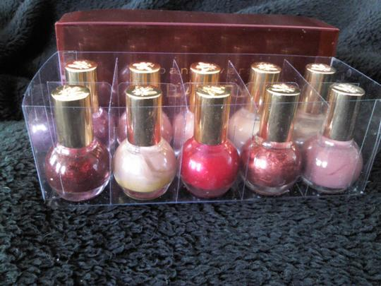 "Joan Rivers Joan Rivers"" Beauty"" nail polish set"