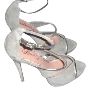 CeCe L'amour gray with silver trim Sandals