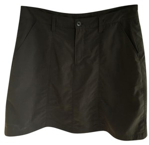 Patagonia Outdoor Skort Olive green