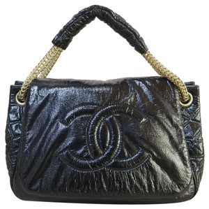 Chanel Vernis Rock And Chain Hobo Tote in black