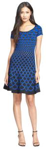 Diane von Furstenberg Scalloped Shimmer Sparkle Fit And Flare Stretchy Dress