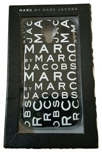 Marc by Marc Jacobs Signature case