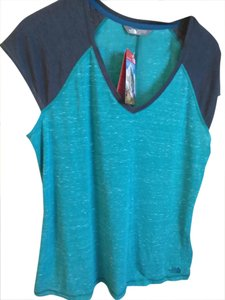 The North Face NWT The North Face XL teal blue tee