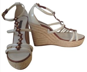Louis Vuitton beige, leather brown Wedges