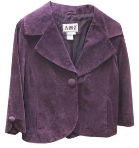 Ami Suede Cropped 3/4 Sleeves Large Button purple Jacket