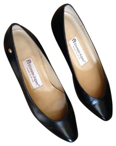 Etienne Aigner Made In Spaini Leather Upper Black Pumps