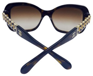 Chanel Chanel Gold Chain Tortoise Square Sunglasses 5305 c.714/S5 56