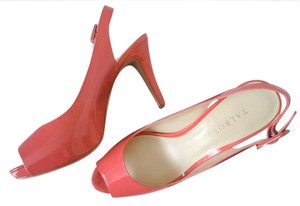 Talbots Patent Pink Coral Comfortable coral pink Sandals