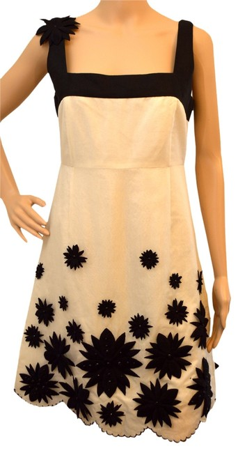 Preload https://item1.tradesy.com/images/tory-burch-cream-black-above-knee-night-out-dress-size-6-s-2080250-0-0.jpg?width=400&height=650