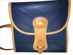 Dooney & Bourke Inside Zipper Pocket Exterior Stitching Front Closure Shoulder Bag