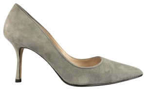 Manolo Blahnik Suede Stiletto Pointed Toe Covered Heel Italian Gray Pumps
