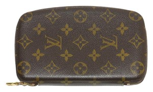 Louis Vuitton Monogram Leather Zip Around Wallet