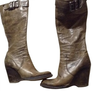 Capezio Distressed brown leather Boots