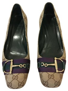 Gucci tan with purple trim Flats