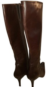 Stuart Weitzman Brown Leather. Boots