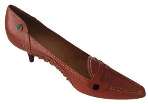 Tod's Kitten Heel Leather Classic Loafer Rust orange Pumps
