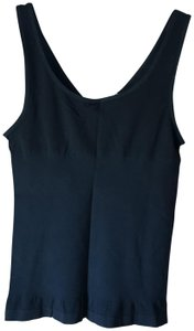 Yummie By Heather Thomson Reversible Round Neckline V-neck New With Tags Comfortable Top Black
