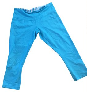 Lululemon Lululemon light bright blue capris