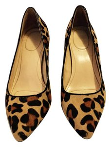 Calvin Klein Comfortable Pointed Toe Heel Leopard Pony Natural/Black Pumps