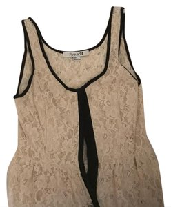 Forever 21 Top Black and cream