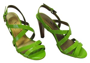 Worthington Brand New Size 6.00 M Excellent Condition Green Sandals