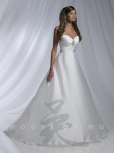 House Of Wu 11130 Dere Kiang Wedding Dress