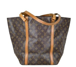 Louis Vuitton Monogram Sac Tote in Brown