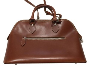 Dooney & Bourke Leather Satchel in Brown leather