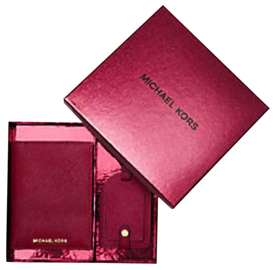 eca7482e13f6 Michael Kors Cherry Jet Set Travel Saffiano Leather Set Wallet - Tradesy