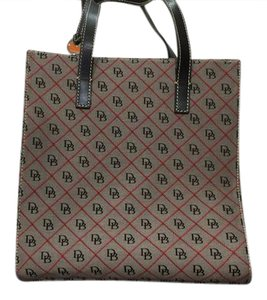 Dooney & Bourke And Logo Tote in Black red grey quilt