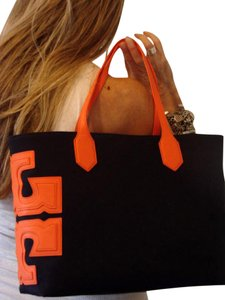 Tory Burch Burch Stacked East West Black Tote in TORY NAVY/ORANGE CRUSH