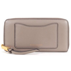 Marc Jacobs Taupe Pebble Leather Zip Around Wallet