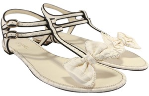 Chanel Bow Thong Pearl Embellished White/Black Sandals
