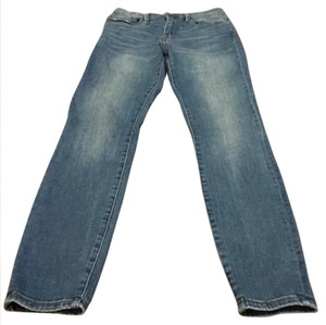 BDG Capri/Cropped Denim-Light Wash