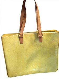 Louis Vuitton Vernis Sale Tote in Yellow