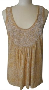 Lucky Brand Top Gold & White Print