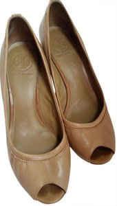 Tory Burch Carmel Tan Wedges