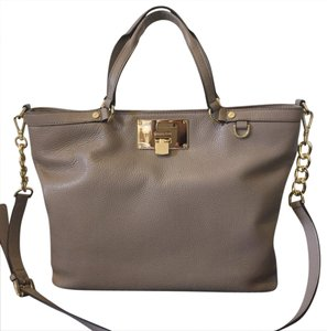 Michael Kors Tote in Tan