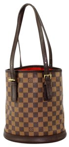 Louis Vuitton Damier Canvas Bucket Pochette Marais Bucket Tote in Brown Damier