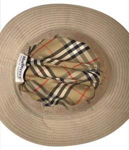 Burberry burberry women hats size s very good condition