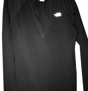The North Face Black 1/4 zip, EUC
