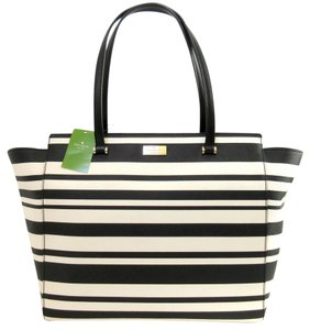 Kate Spade Tote in Black, Gold