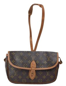 Louis Vuitton Gibeciere Rare Cross Body Bag