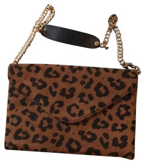 Preload https://img-static.tradesy.com/item/20814799/jcrew-leopard-print-suede-shoulder-bag-0-1-540-540.jpg